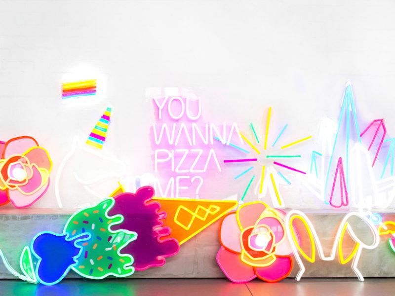 Electric Confetti – la folie des néons