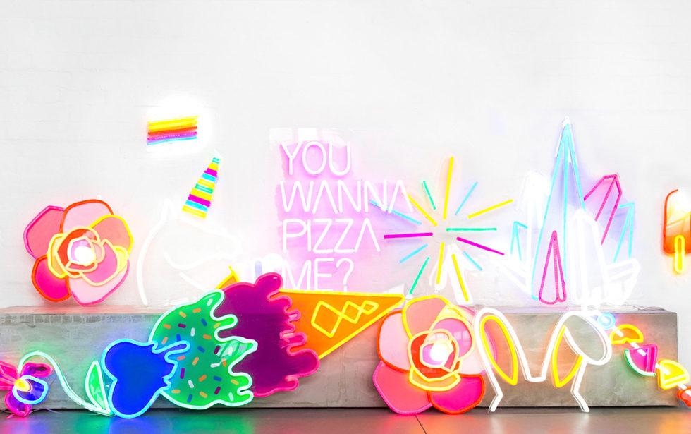 Electric Confetti - la folie des néons